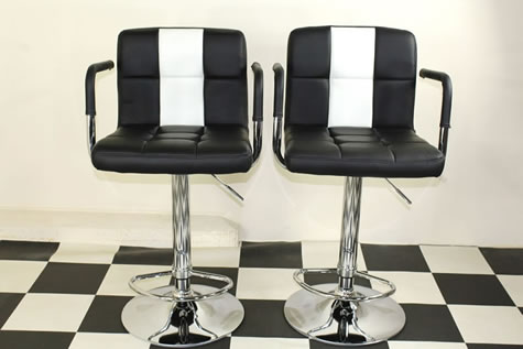 Boton Retro Style Kitchen Breakfast Bar Stool American Diner Style Black and White Padded Seat Height Adjustable